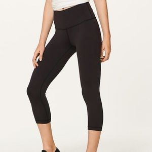 Lululemon High Waisted Crop Pants 8